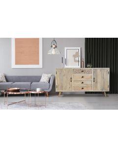 Corel Sideboard mit 2 Türen und 4 Schubladen aus Akazienholz