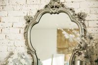 Wie kann man einen Spiegel restaurieren und reinigen?